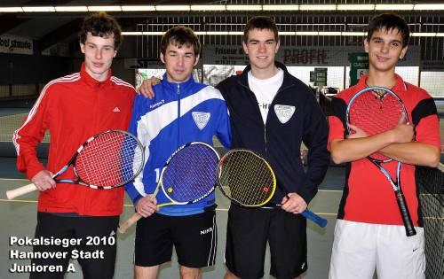 Jonathan Wulfert, Jan Heinze, Dominik Fitz  und Christian Spann (v.l.)