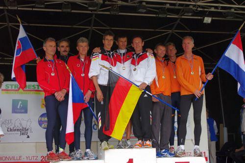 Crosscountry-Staffel wurde Deutschland mit Thomas Ruminski, Uwe Hartmann und Frank Karotsch