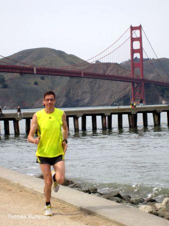 Thomas Ruminski vor der Golden Gate Bridge in San Francisco