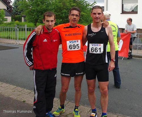 Nils Steinert (LG Braunschweig), Thomas Ruminski (SVE Hiddestorf), Peer Röhner (Det's Race Team / v.l.)