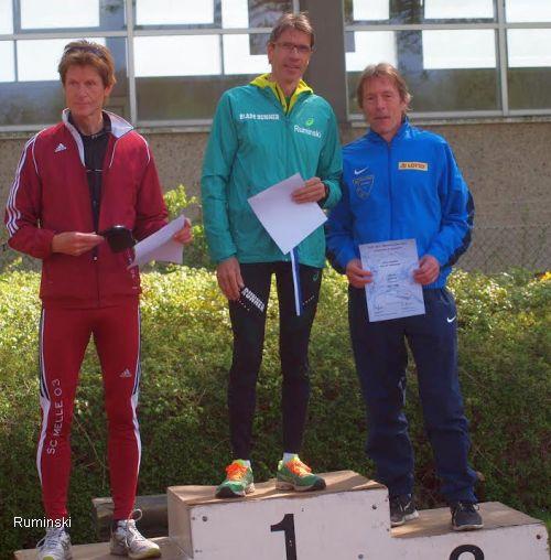 Christian Breek (SC Melle 03), Thomas Ruminski (SVE Hiddestorf), Ulrich Radktke (Post SV Holzminden / v.l.)