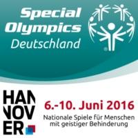 Gemeinsam stark: Per Mertesacker und Special Olympics Athleten werben für Inklusion